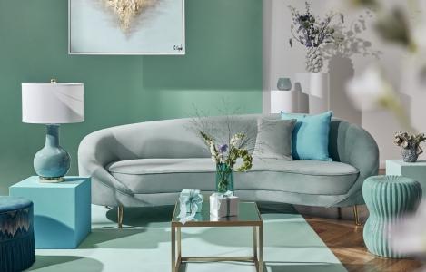 Interiér plný farieb